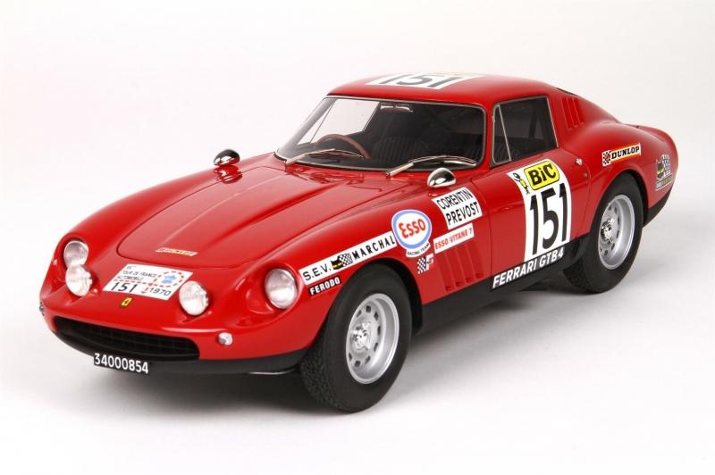 Ferrari 275 GTB Tour De France 1970,met Vitrine