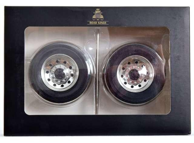 Wheel/Tyre Set Peterbilt Tyres and Rims (Rear), ch