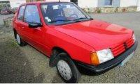 Peugeot 205 Junior 1988 - Rood , 0 openingen